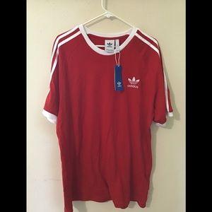 ❤️On Sale: NWT Men's Adidas Ringer T-shirt🤍❤️